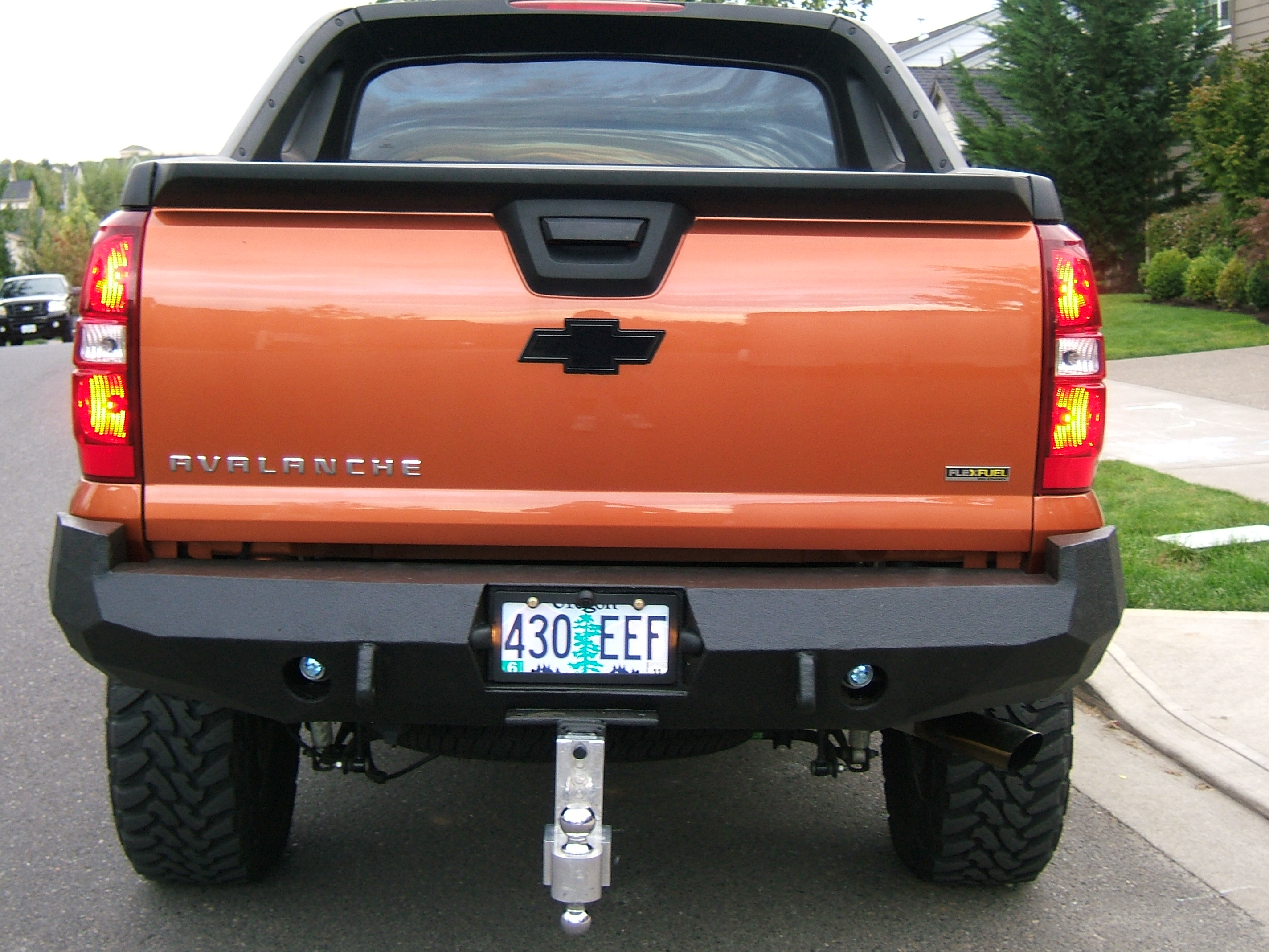 avalanche jpg tahoe chevrolet bumper base front